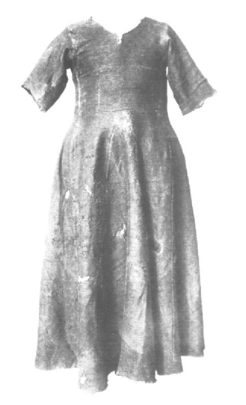 """L'image """"http://www.forest.gen.nz/Medieval/articles/garments/H39/kirtle.jpg"""" ne peut être affichée car elle contient des erreurs."""
